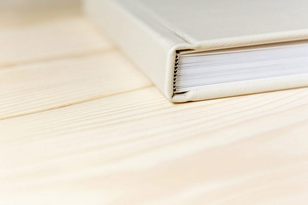 Wedding-photo-Album-showing-luxury-leather-binding