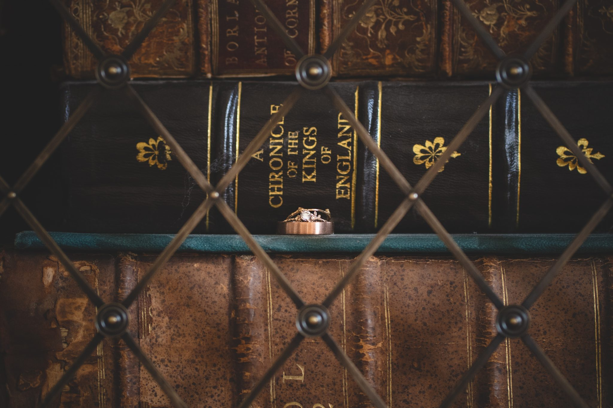 Wedding Rig Shots Ideas with Books