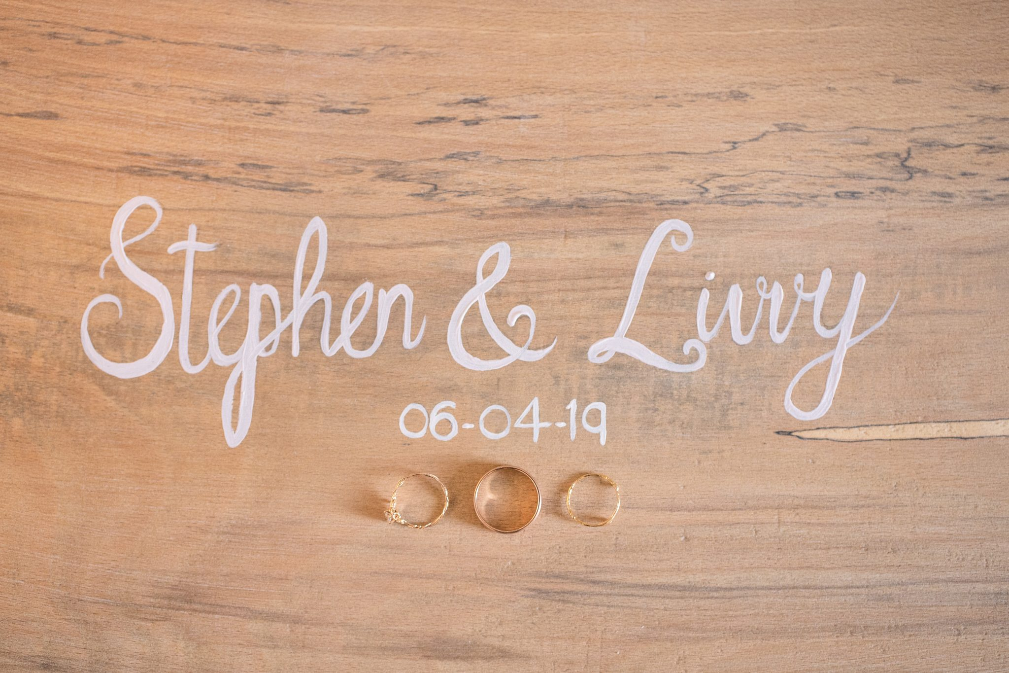 Wedding Rig Shots Ideas with couples names